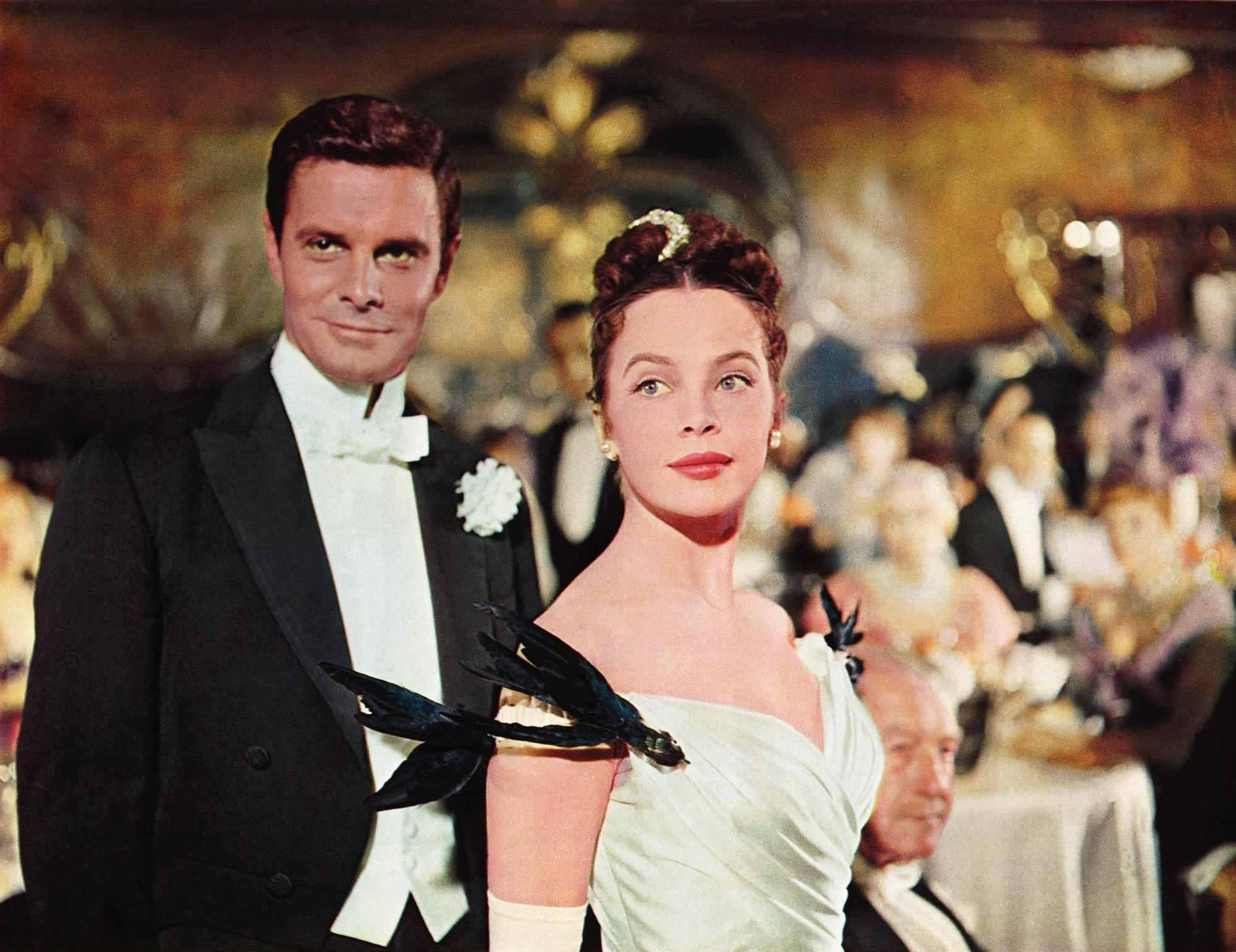 still-of-leslie-caron-and-louis-jourdan-in-gigi-(1958)-large-picture